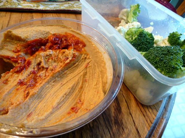 Veggie and Hummus