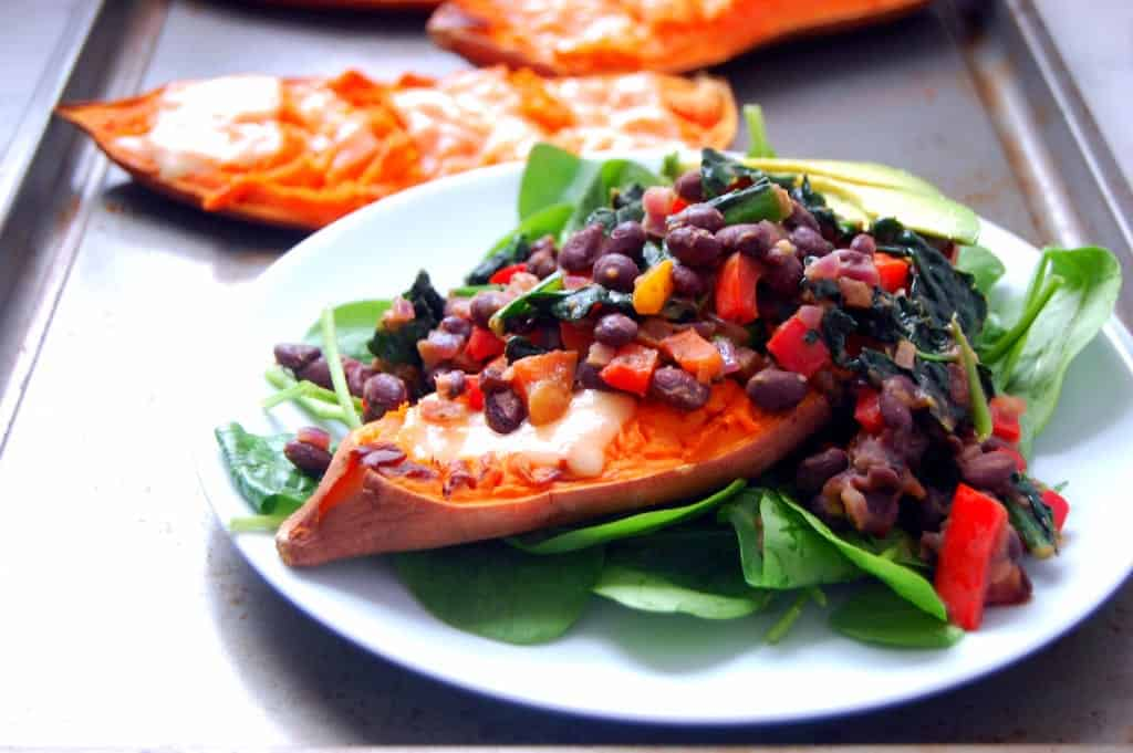 Smashed-Sweet-Potatoes-with-Kale-and-Black-Beans-a-quick-weeknight-dinner-for-4-Uproot-from-Oregon-1024x681