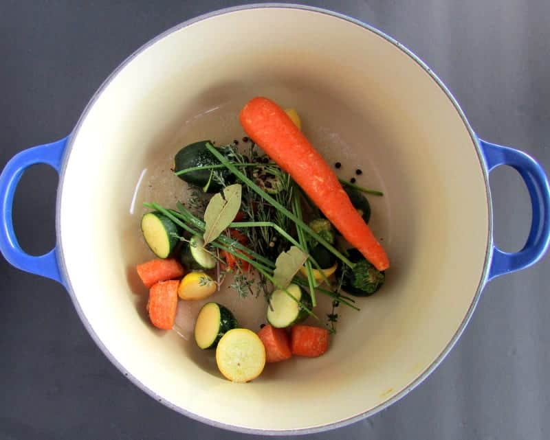low FODMAP vegetable broth via Treble in the Kitchen