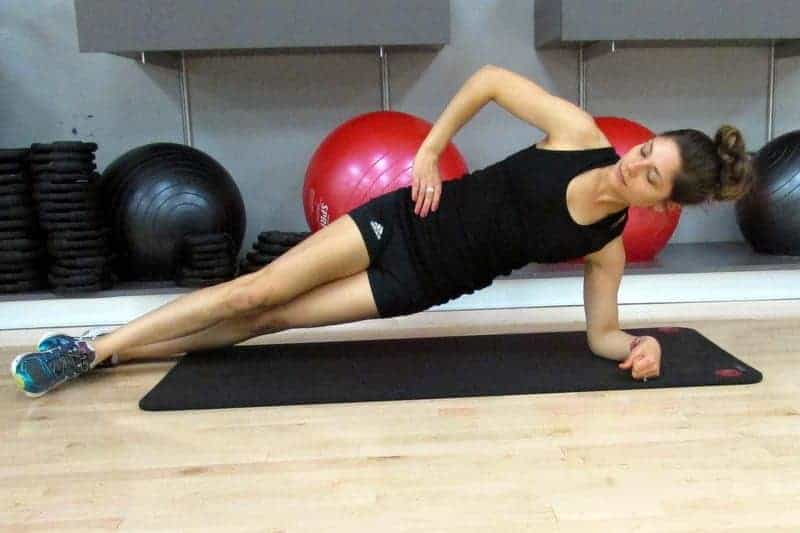 8 Minute Abs via Treble in the Kitchen