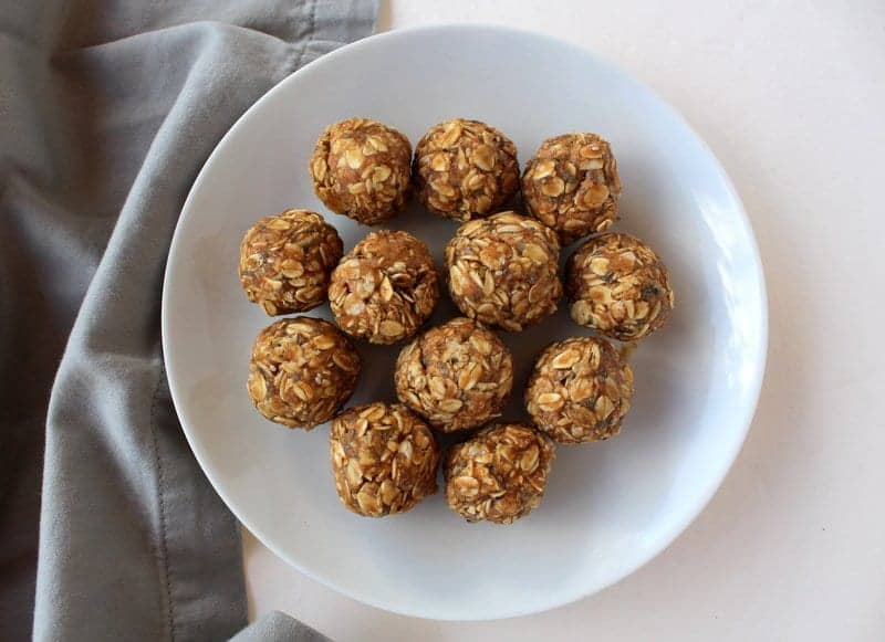 Peanut butter Oatmeal Energy Bites from Treble in the Kitchen low FODMAP, gluten free