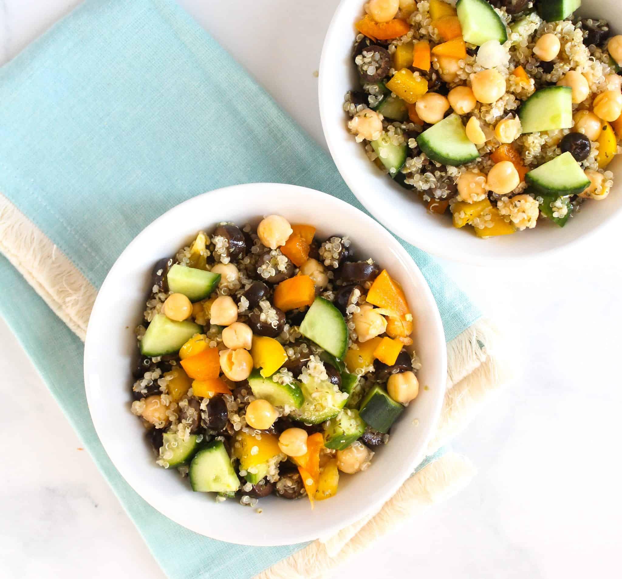 Mediterranean Quinoa Salad - Easy Lunch #lowFODMAP #glutenfree #dairyfree #vegan #vegetarian