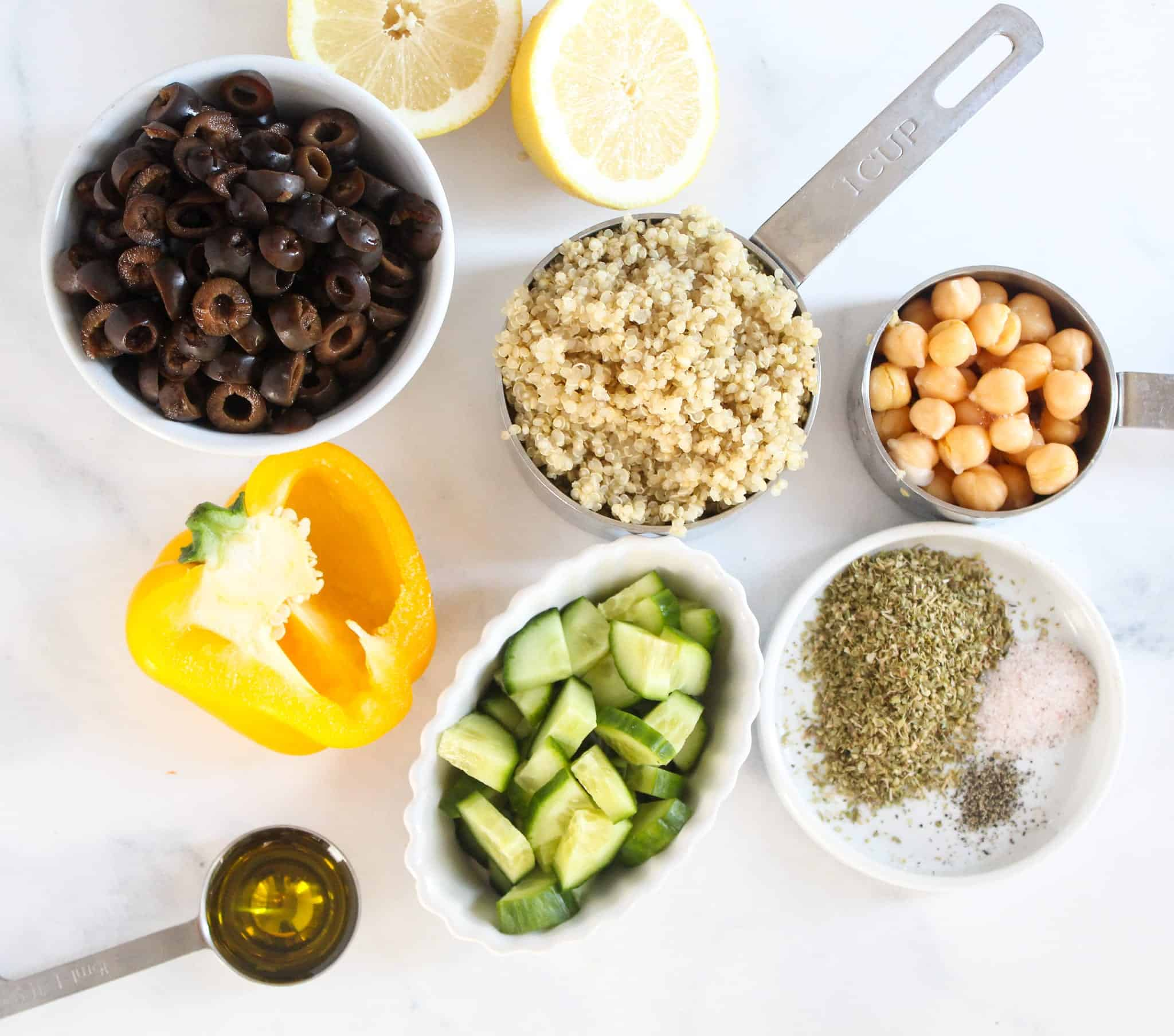 Mediterranean Quinoa Salad - Easy Lunch #lowFODMAP #glutenfree #dairyfree #vegan #vegetarian