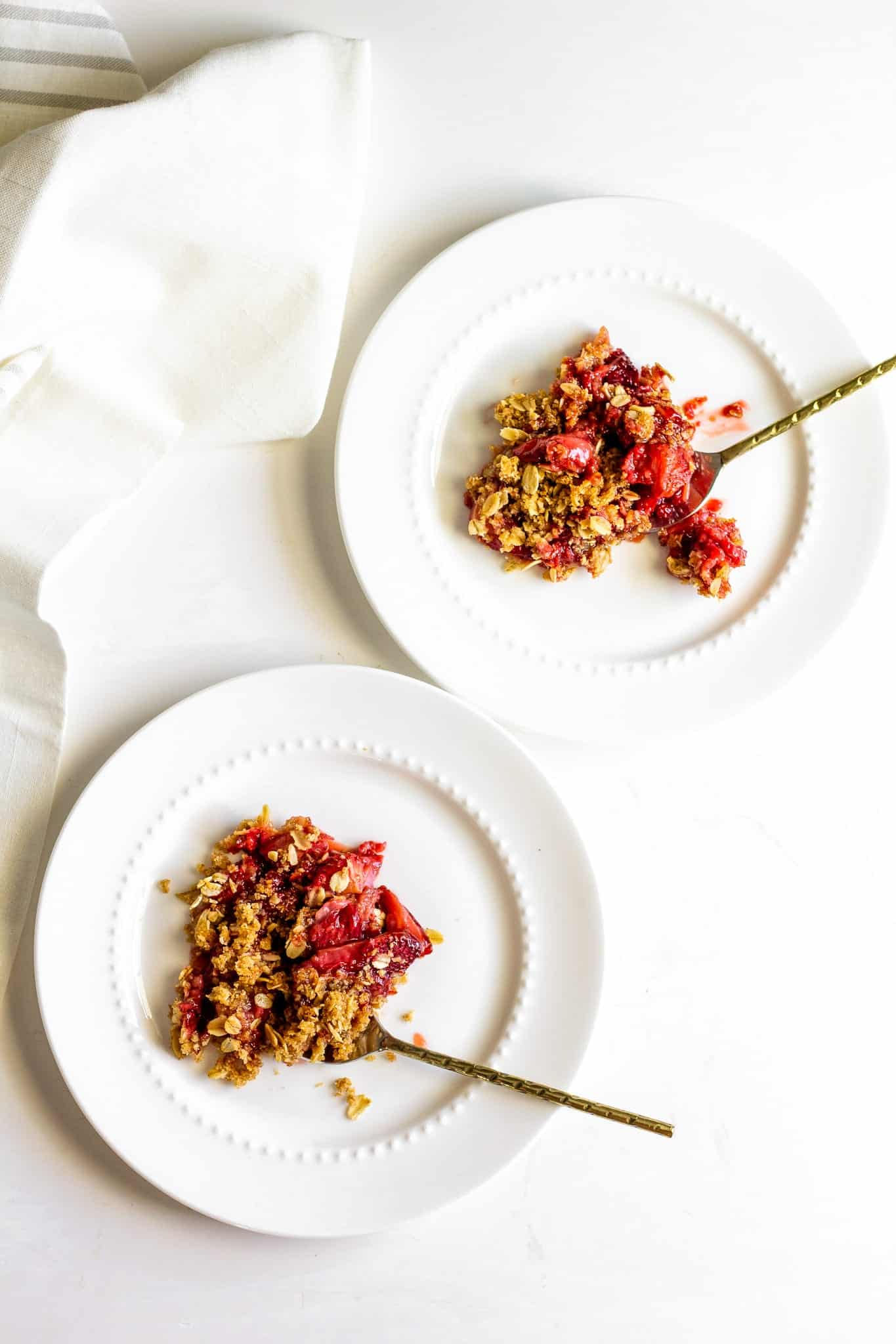 low FODMAP Strawberry Crisp #lowfodmap #glutenfree #healthydessert