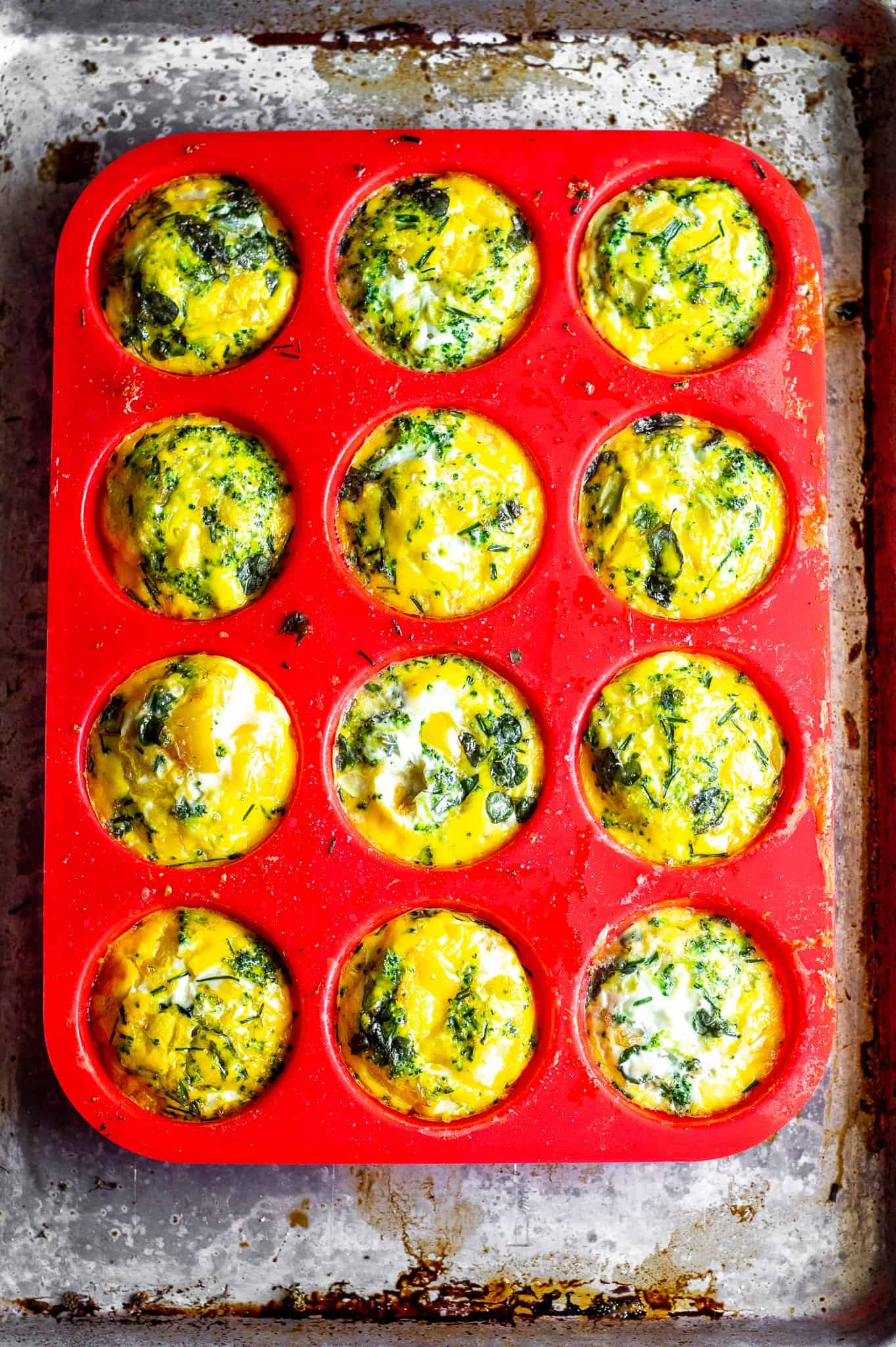 Breakfast Herb and Vegetable Egg Muffins #lowfodmap #glutenfree #dairyfree #tararochfordnutrition