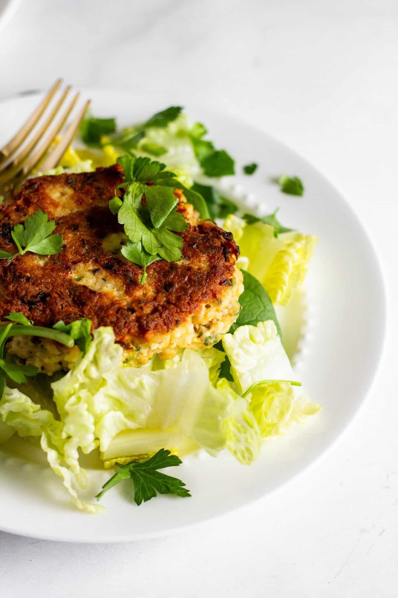 Salmon Burgers #lowfodmap #tararochfordnutrition