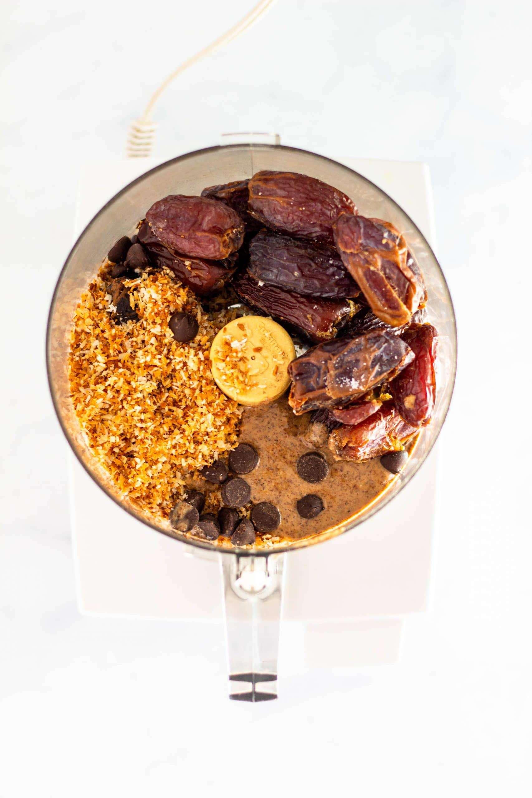 Samoa Snack Bites | Tara Rochford Nutrition #samoas #healthysnack #tararochfordnutrition